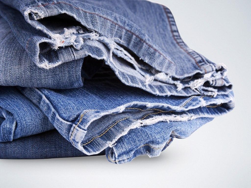 Frayed-Jeans-Hems-Trouser-Length